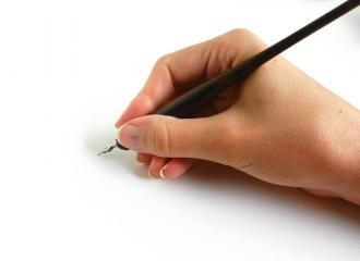 Cùng tìm hiểu cách cầm bút của tất cả các loại bút thông dụng